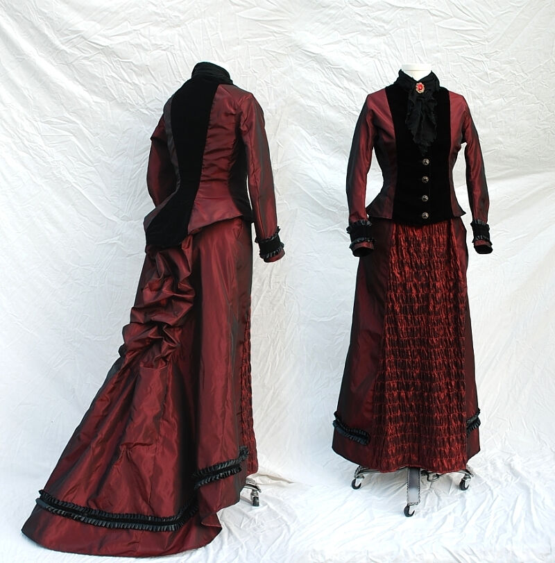 Mina Harker Inspired Victorian Outfit from Taffeta and Velvet