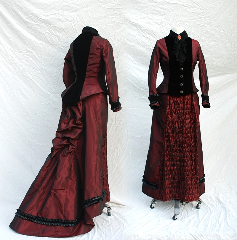 Mina Harker Inspired Victorian Outfit