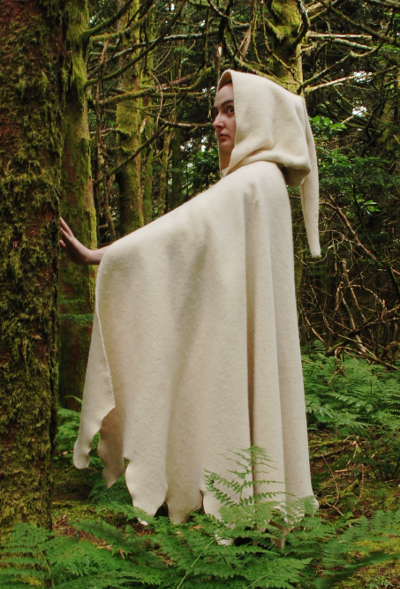 Ivory Wool Medieval Dagged Edge Cloak