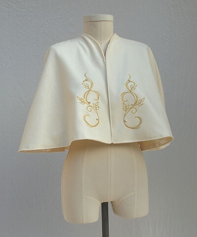 Old Gold Embroidered White Wool Short Cape