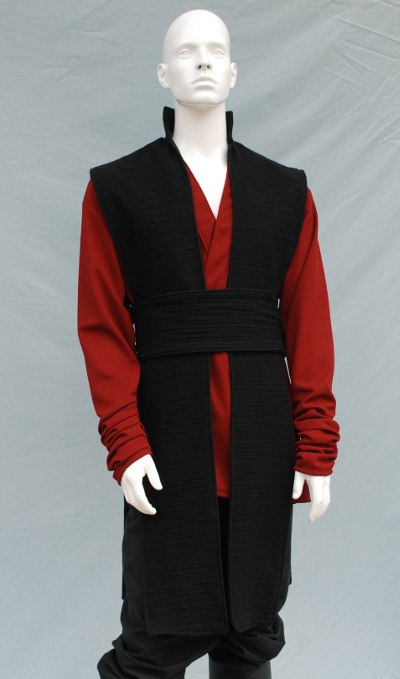 Red Knitwear Tunic and Black Textured Cotton Surcoat Set
