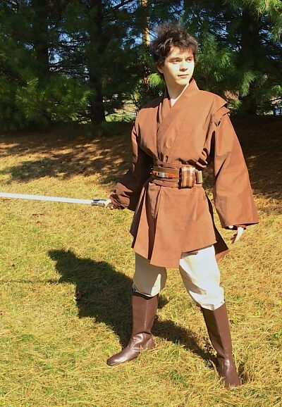 Samuel Gau in light side custom Jedi style outfit