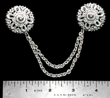 Silver Tone Chain Linked Clasp Brooch