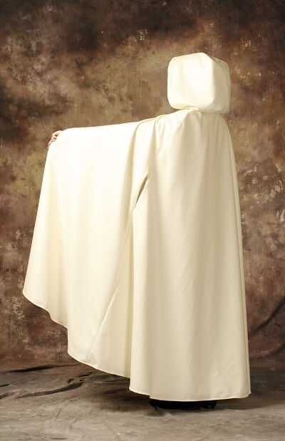 The Pearl Ivory White Wedding Cloak
