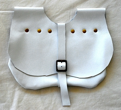 White Lambskin Kidney Shaped Leather Belt Pouch with Brass Rivets and Brass Tone Buckle