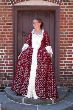 Lady Valentine Sacque Back Gown Front View